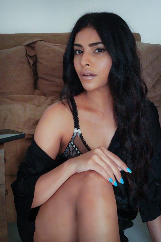 Rina Charaniya