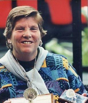 Judy HASHMAN (DEVLIN)