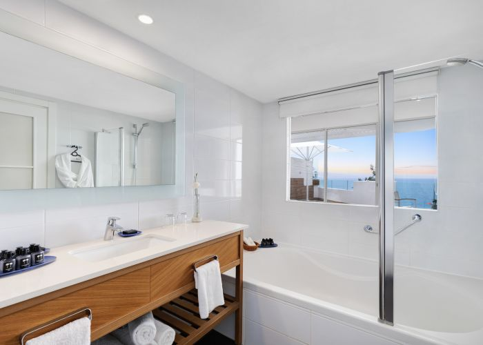חדר אמבט בריף אילת