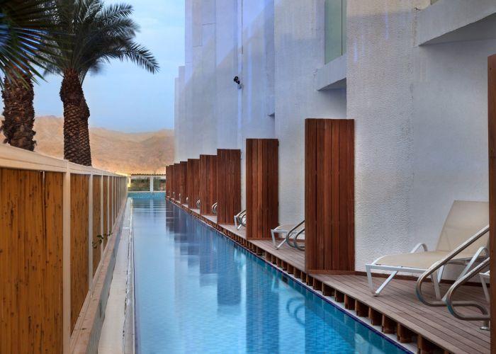 חדר עם גישה פרטית לבריכה במלון הריף אילת הרברט סמואל
