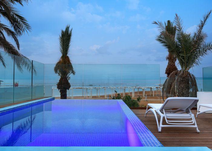 חדר פרמיום עם בריכה - נוף לים