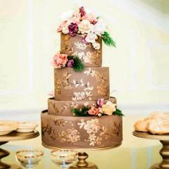 Hochzeitstorte vierstöckig -gold
