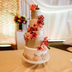 Hochzeitstorte fünfstöckig - gold, rot, apricot