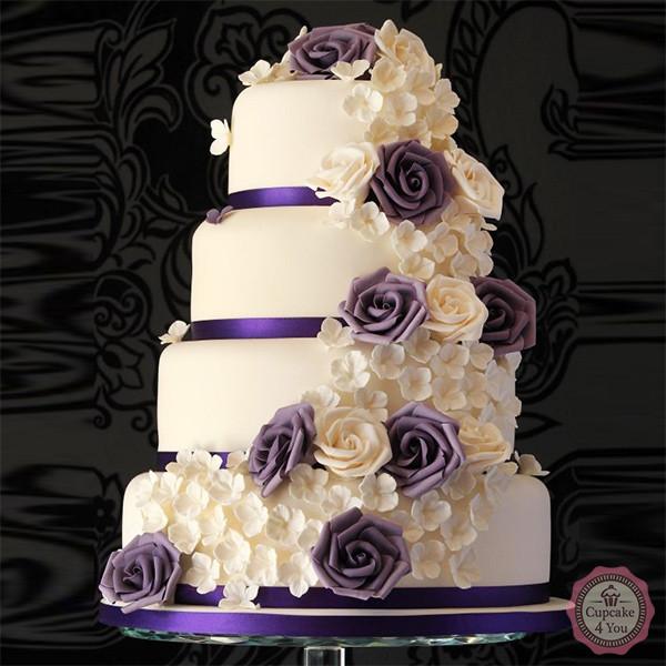 hochzeitstorte vierst ckig blumen lila champagner cupcake4you. Black Bedroom Furniture Sets. Home Design Ideas