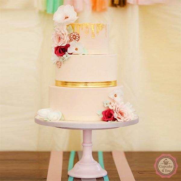 Hochzeitstorte vierstöckig - Blumen rot, gold, apricot - Hochzeitstorten