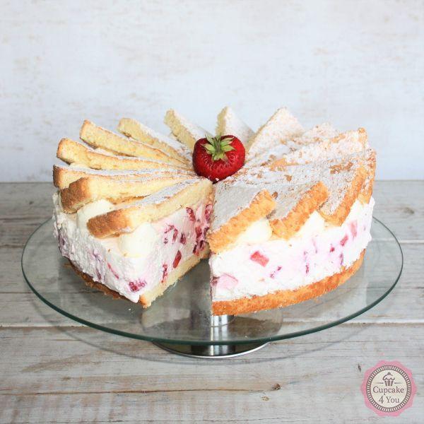 Erdbeer Sahnetorte - Kuchen/Torten