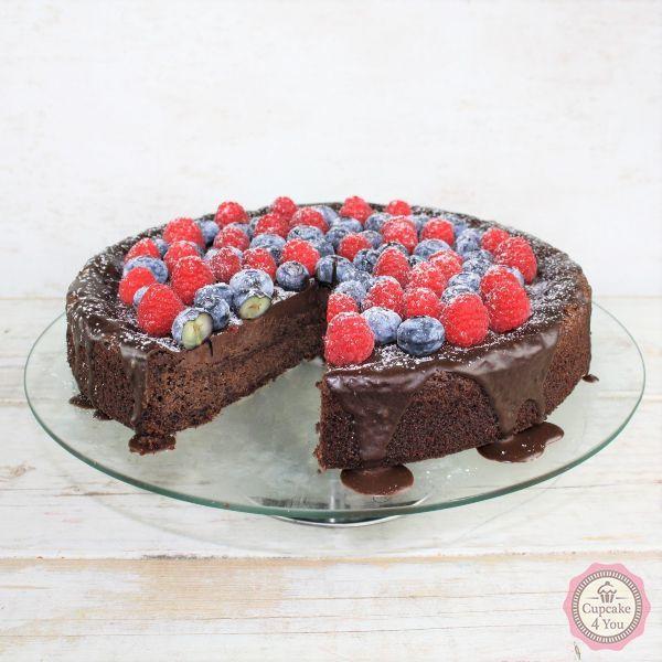 Schokokuchen mit Beeren - Kuchen/Torten