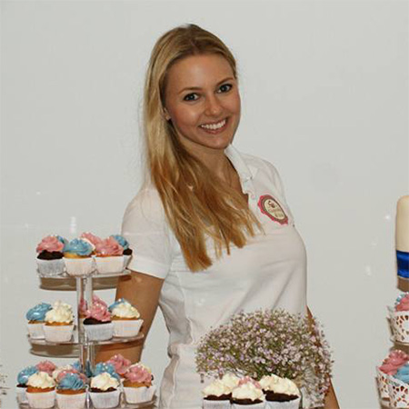 Jeanine - Gruenderin at Cupcake 4 You
