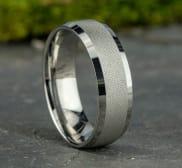Ring CF67469W