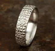 Ring CF856687W