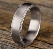 Ring CF765749W