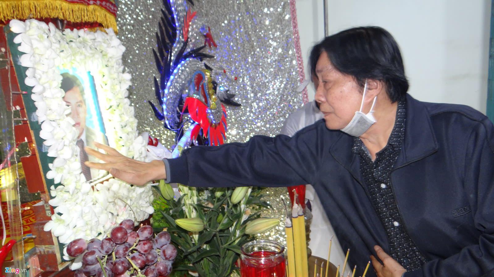 Thoai My, Tan Beo va nhieu nghe si cai luong den vieng NSUT Chieu Hung hinh anh 7