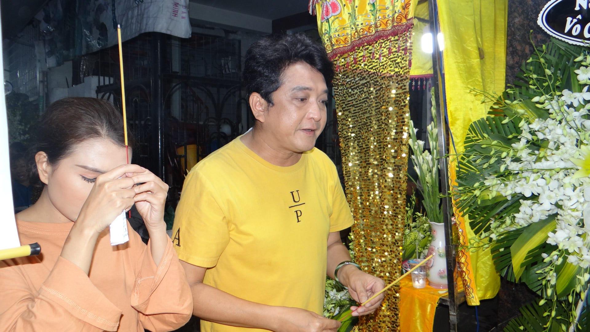 Khán giả ủng hộ 100 triệu đồng an táng NSƯT Chiêu Hùng - Ảnh 7.