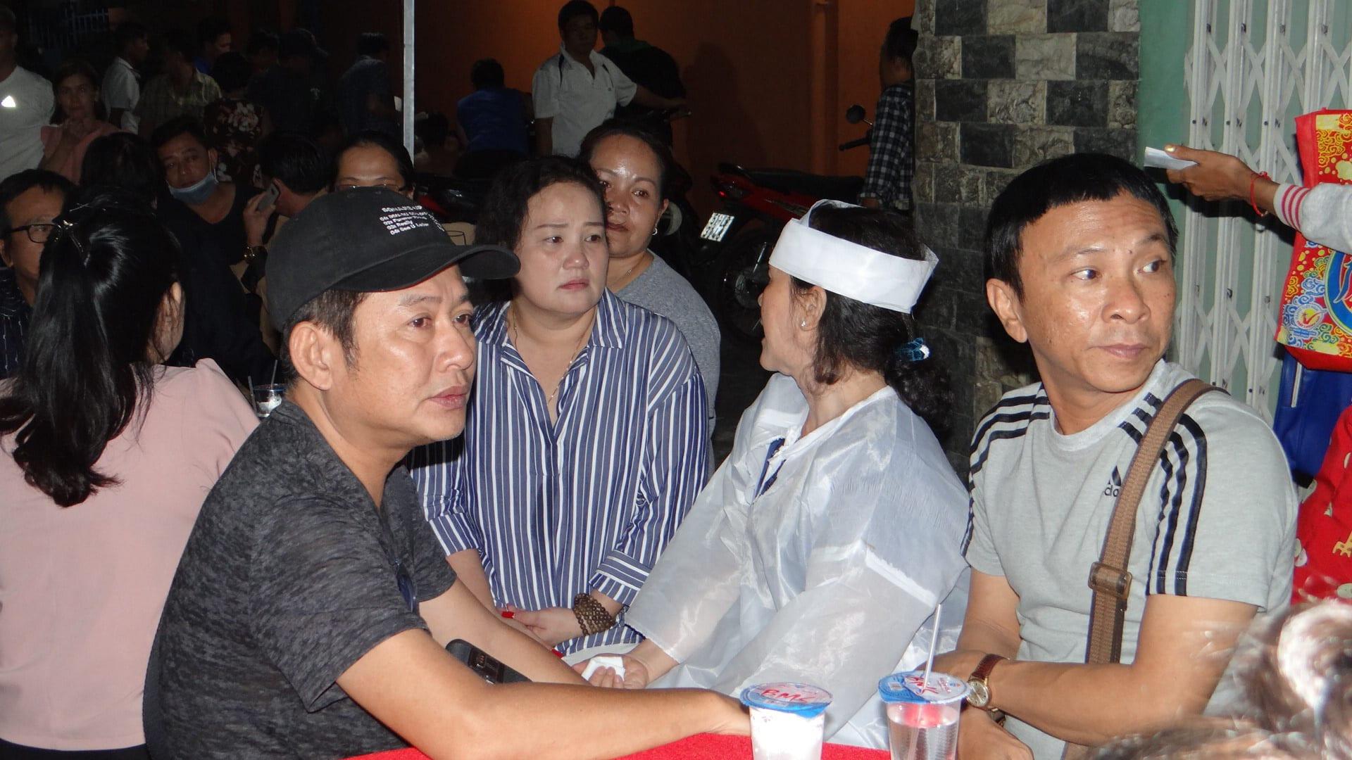 Khán giả ủng hộ 100 triệu đồng an táng NSƯT Chiêu Hùng - Ảnh 13.