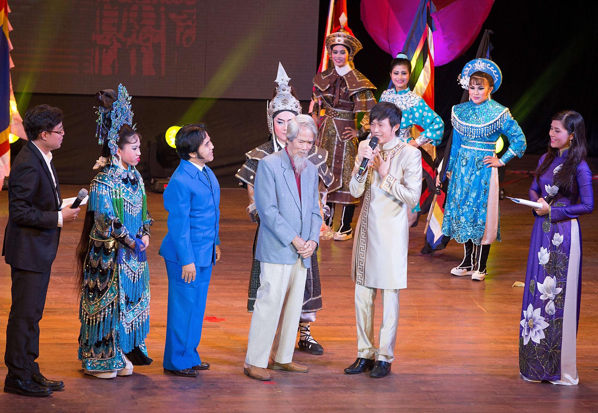 Đạo diễn - NSND Huỳnh Nga qua đời - Ảnh 2.