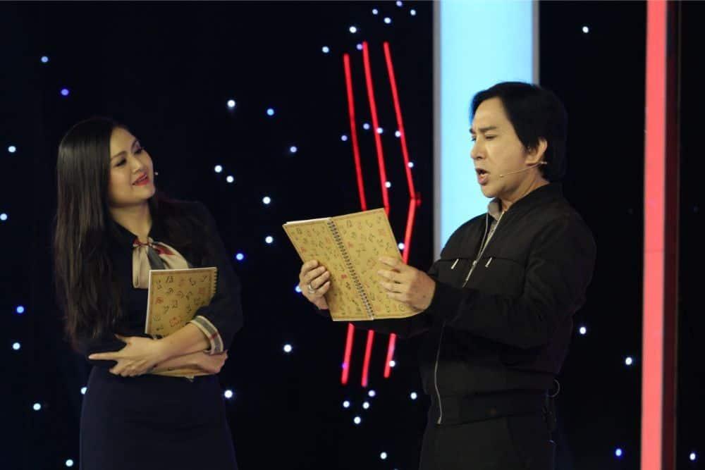 Trinh Trinh bị phát hiện dễ nhất vì không thể ứng biến đối đáp kịp với những câu thơ của MC.