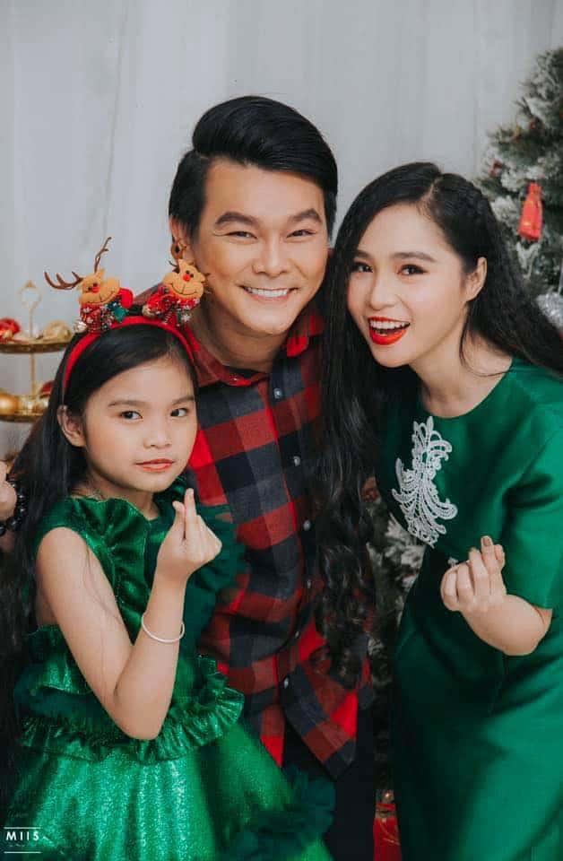 NSND Ngọc Giàu, NS Mạc Can, Việt Hương mang niềm vui san sẻ trong mùa Giáng sinh - Ảnh 4