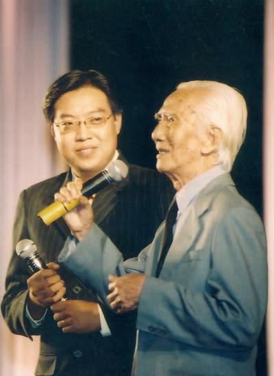 Nghệ sĩ Nhân dân Viễn Châu qua đời để lại trong lòng nhiều khán giả mộ điệu sự tiếc thương. Ảnh: Hoàng Vinh.
