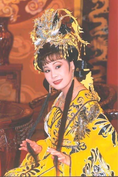 Chuyện ít biết về nữ hoàng băng nhạc 'Mưa bụi' Tài Linh