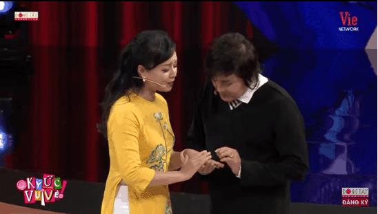 MC Thanh Bạch bật khóc nói về những ngày cuối đời của 'sầu nữ' Út Bạch Lan - ảnh 5