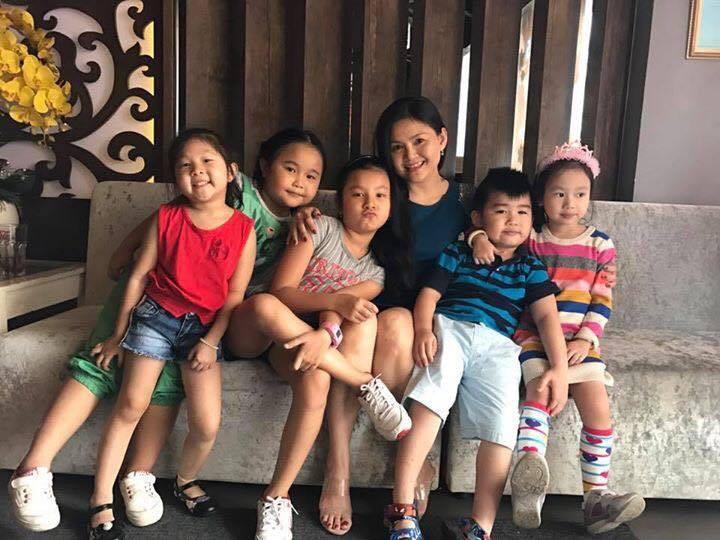 NS Trinh Trinh và các cháu - diễn viên nhí thuộc thế hệ thứ sáu của gia tộc Minh Tơ