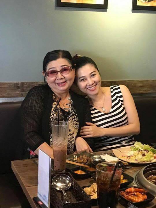 NSƯT Quế Trân và người cô thứ sáu - NS Thanh Loan (mẹ của NSƯT Tú Sương)