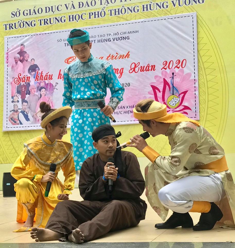 Suất diễn cuối năm đầy xúc động của NS Bình Tinh, Phạm Huyền Trâm - Ảnh 3.