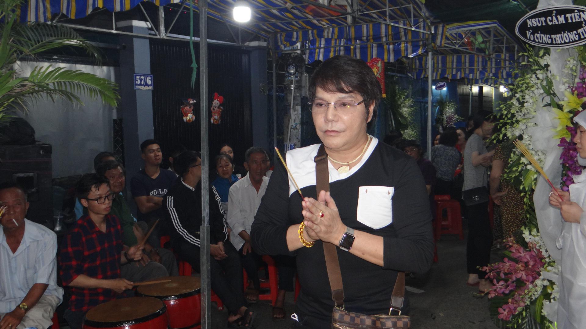 Khán giả ủng hộ 100 triệu đồng an táng NSƯT Chiêu Hùng - Ảnh 12.