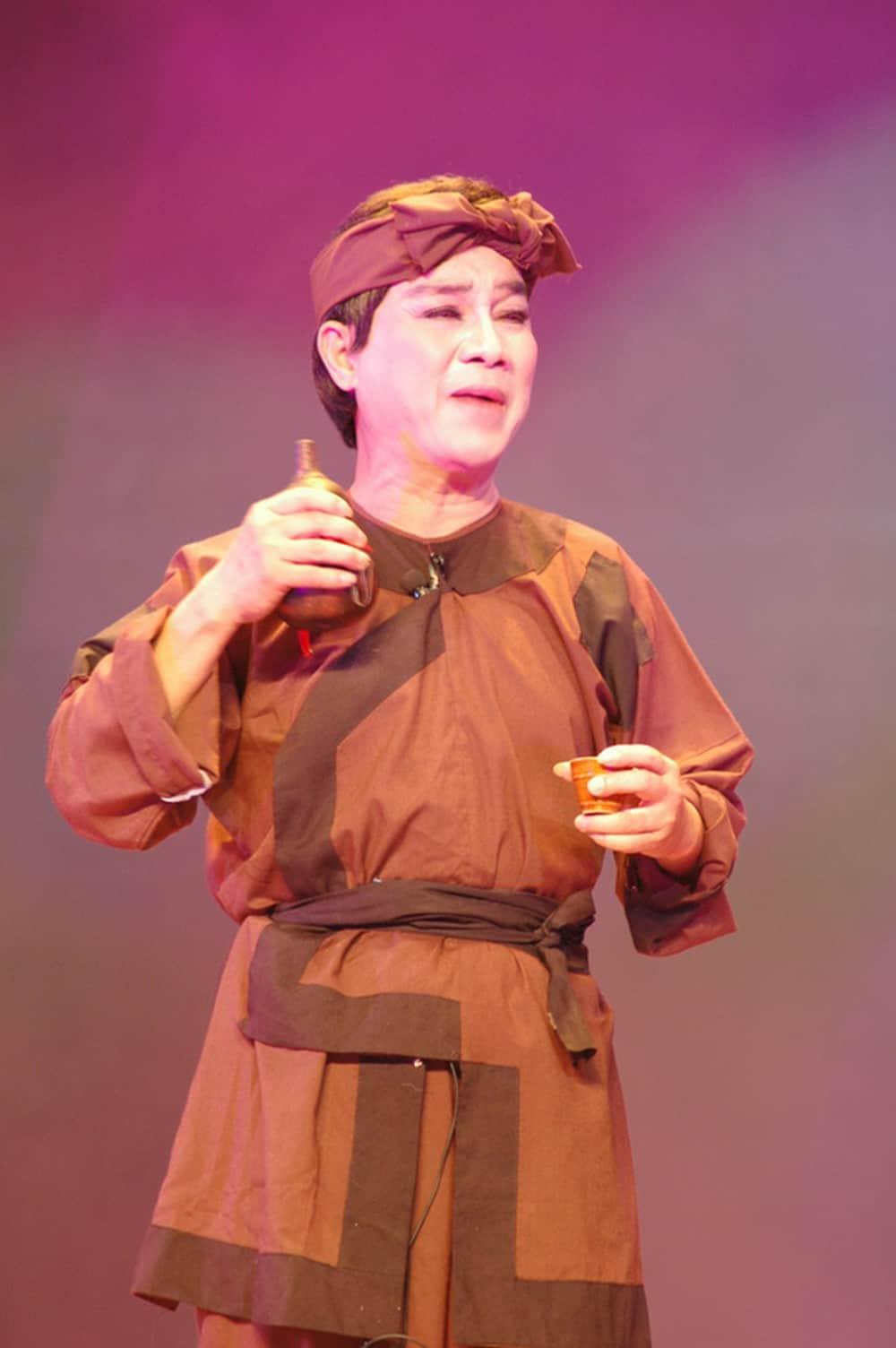 NSƯT Thanh Sang với vai diễn để đời - Trần Minh (vở Bên cầu dệt lụa).