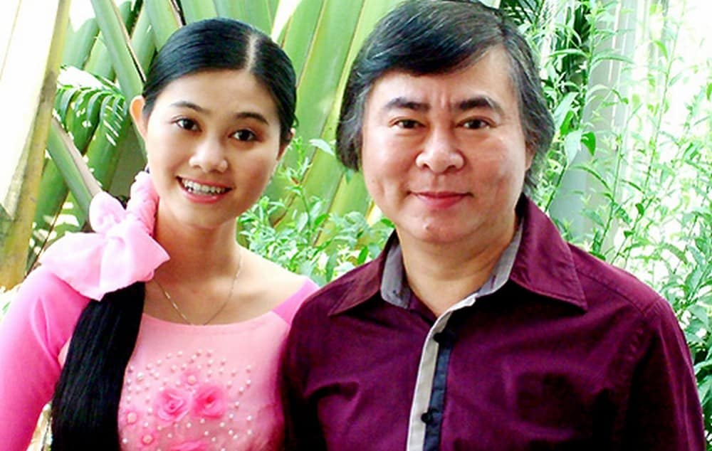 Nghệ sĩ Thanh Tòng bên con gái Quế Trân.