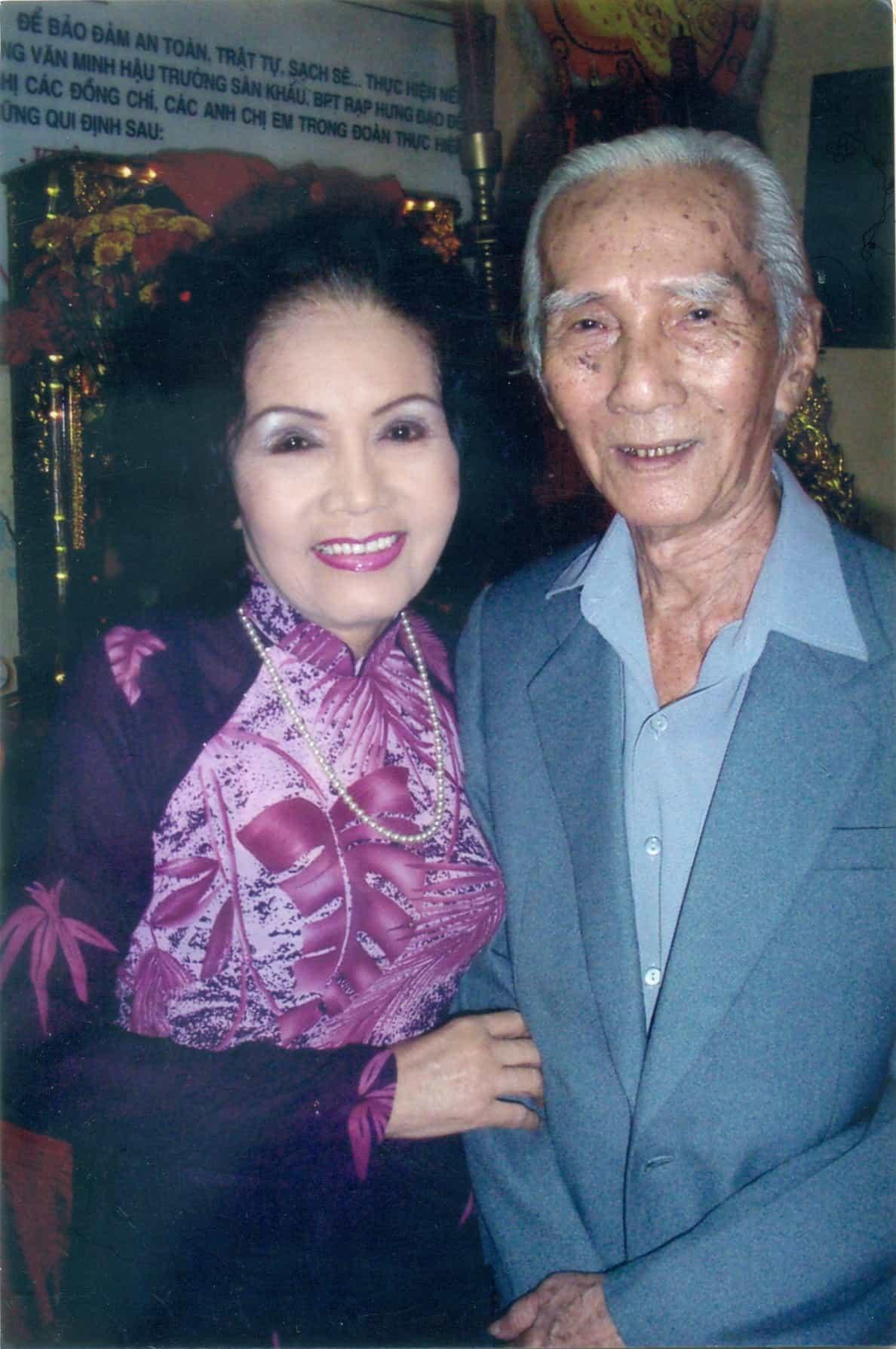 Sầu nữ Út Bạch Lan và SG Viễn Châu