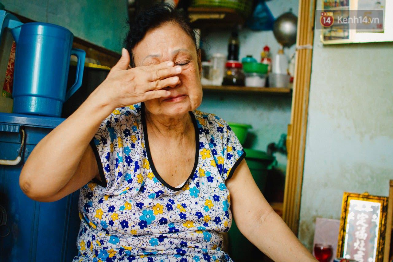 Đào Hạnh rơi nước mắt khi kể câu chuyện cuộc đời mình.