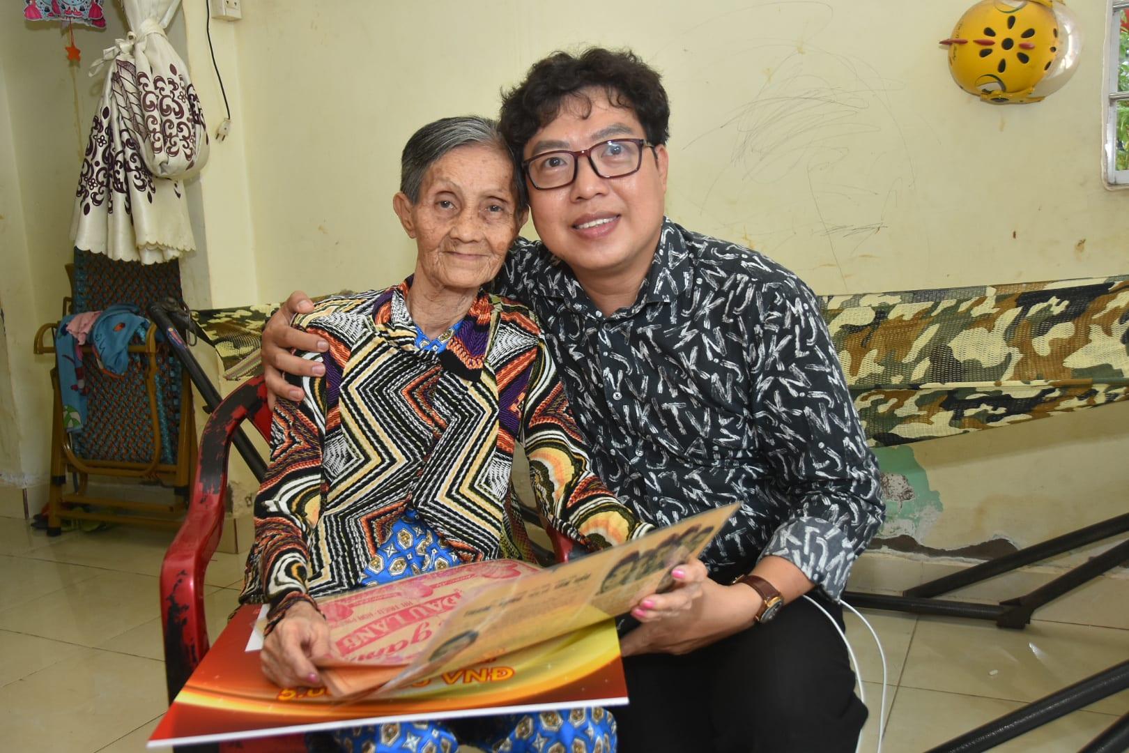Mai Vàng nhân ái thăm hai nghệ sĩ Kim Hà và Tiến Dũng - Ảnh 4.