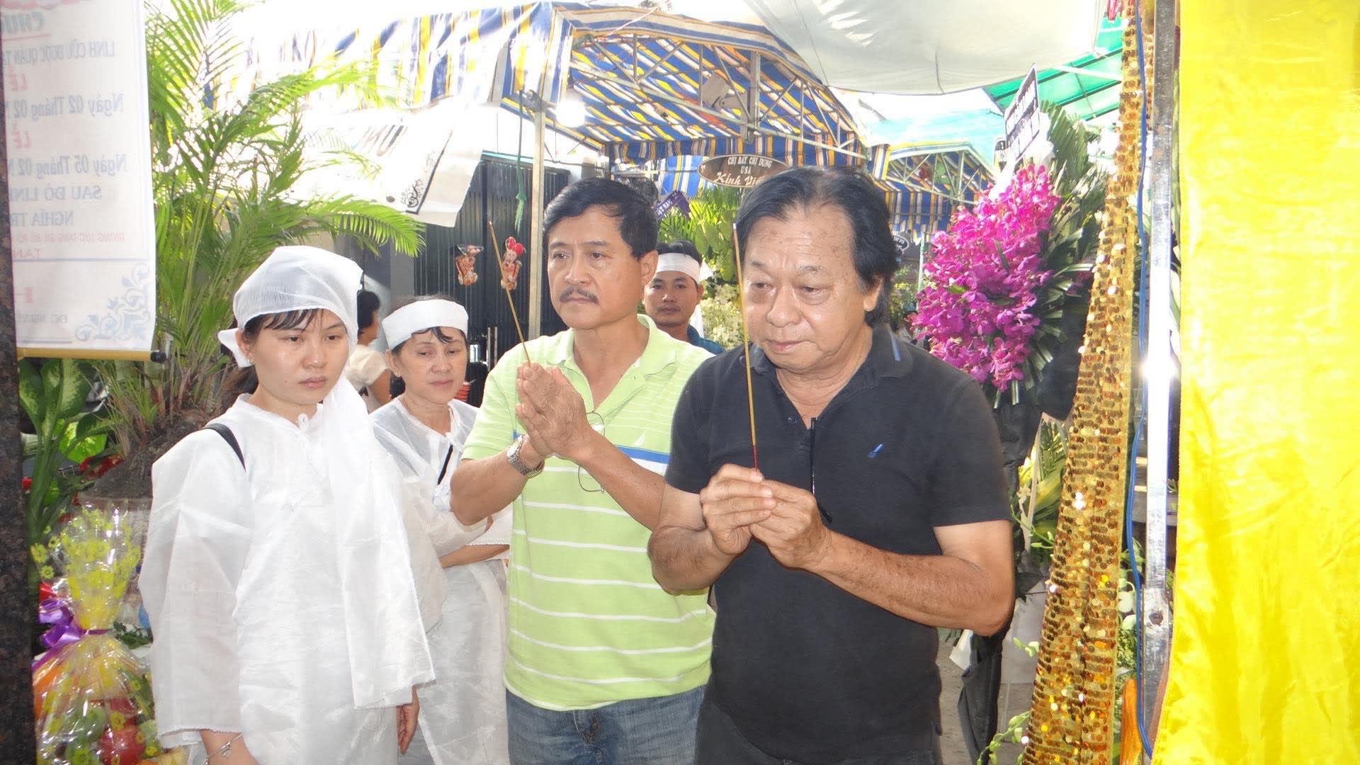 Khán giả ủng hộ 100 triệu đồng an táng NSƯT Chiêu Hùng - Ảnh 1.