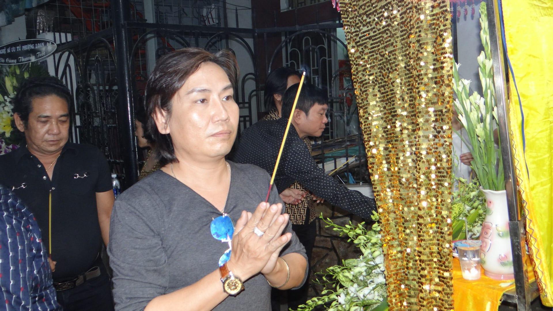 Khán giả ủng hộ 100 triệu đồng an táng NSƯT Chiêu Hùng - Ảnh 9.
