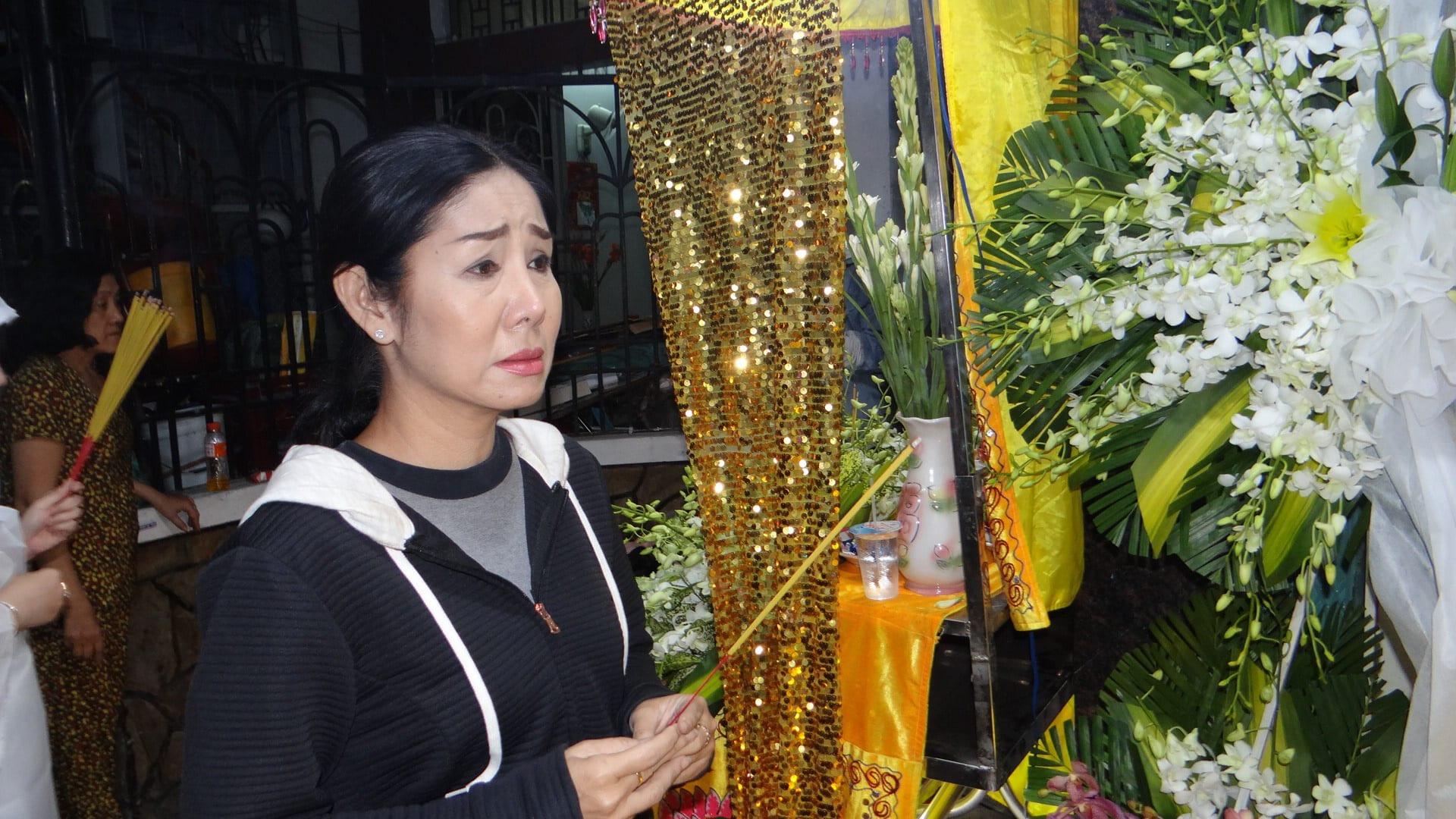 Khán giả ủng hộ 100 triệu đồng an táng NSƯT Chiêu Hùng - Ảnh 5.