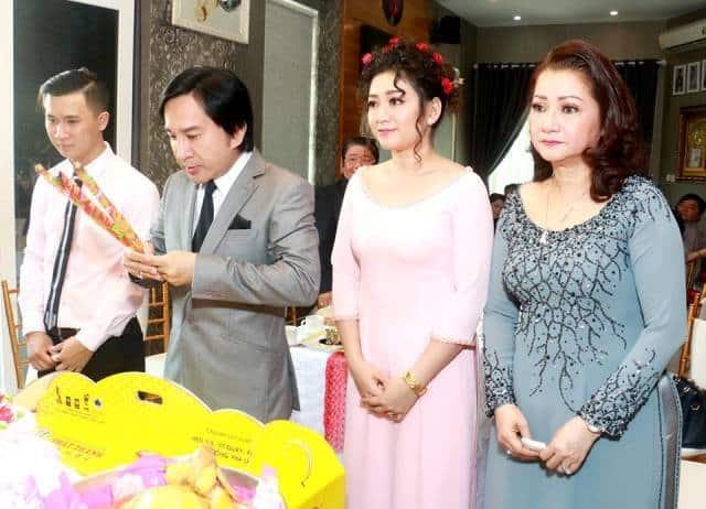 NSƯT Kim Tử Long trong ngày đám hỏi của con gái - diễn viên Kim Phụng