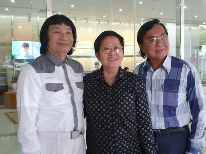 Từ trái sang: NSND Minh Vương, NSƯT - đạo diễn Hoa Hạ, NSND Thanh Tuấn. Ảnh: Tố Tâm