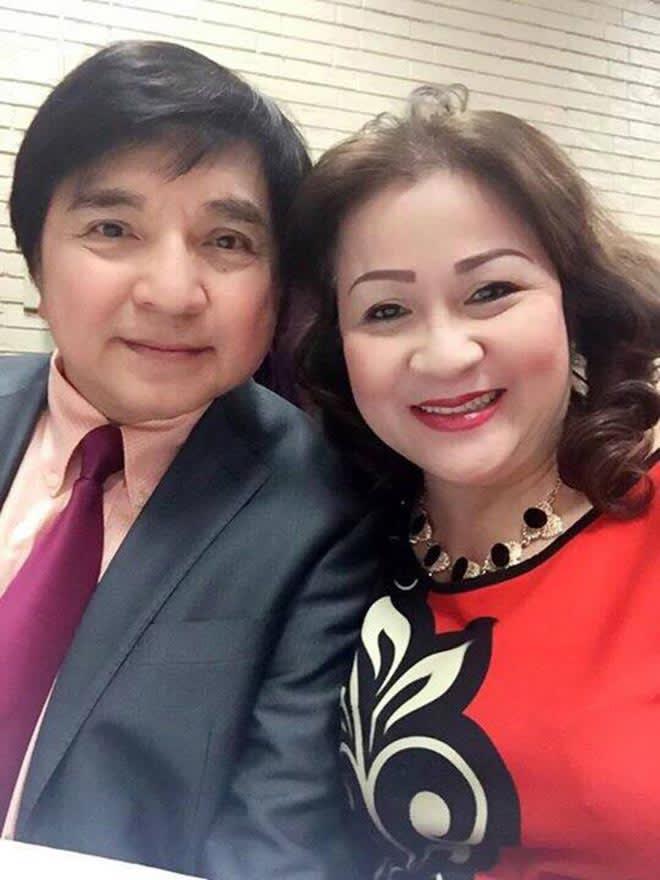 NS Chí Tâm và vợ Minh Tuyền.