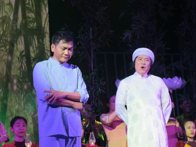 """NSND Minh Vương và Tấn Giao trong vở """"Tổ quốc cuối con đường"""""""