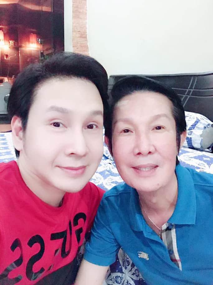 NSƯT Vũ Luân từ Mỹ về thăm cha nuôi - NSƯT Vũ Linh