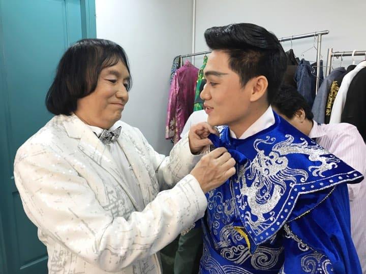 NSƯT Minh Vương và Nguyễn Văn Khởi - giải Chuông vàng vọng cổ 2017