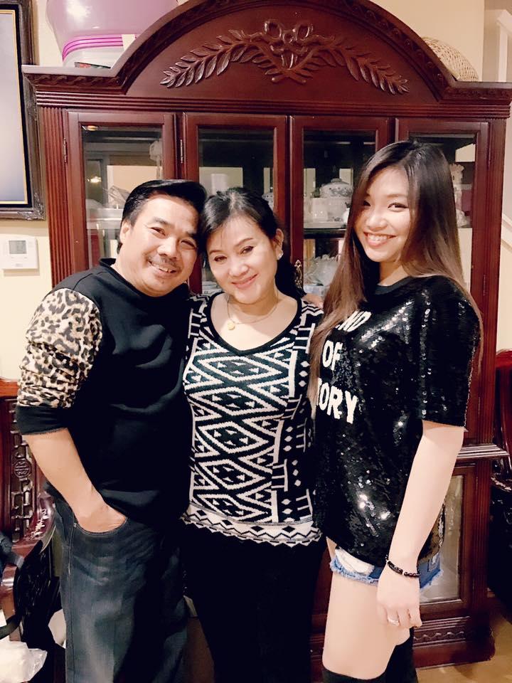 NS Cẩm Thu và NS Philip Nam cùng với con gái của chị - diễn viên Thu Tâm