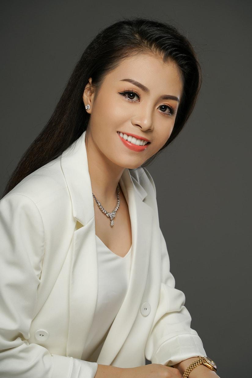 Nghệ sĩ cải lương là học trò cưng xinh đẹp, tài năng của Kim Tử Long giờ ra sao?