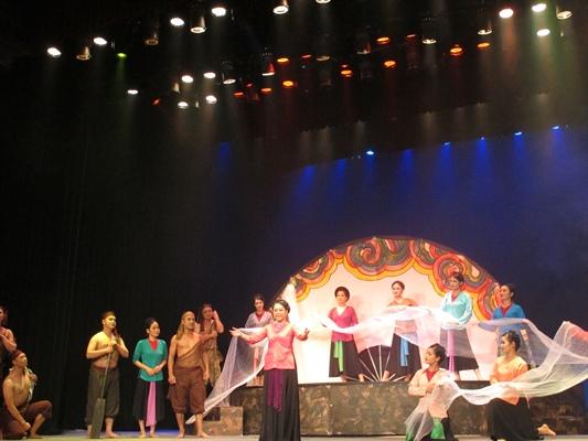 """Vở cải lương """"Huyền thoại Bà Đế"""" có sự hợp tác của nghệ sĩ Nhà hát Múa rối VN, Đoàn Múa rối Hải Phòng cùng tham gia dàn dựng"""