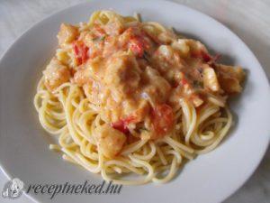 Bazsalikomos hal spagettivel