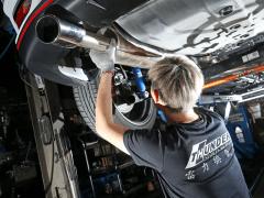 原廠排氣管 vs 改裝排氣管的加速大考驗
