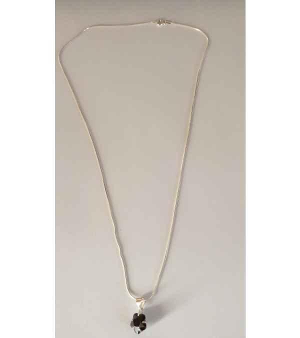 Collares de plata con colgante