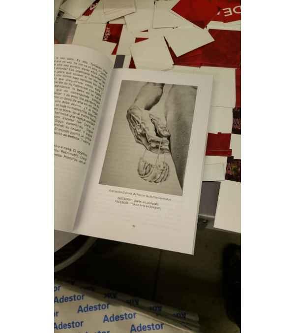 """Libro """"Relatos con mascarilla"""""""
