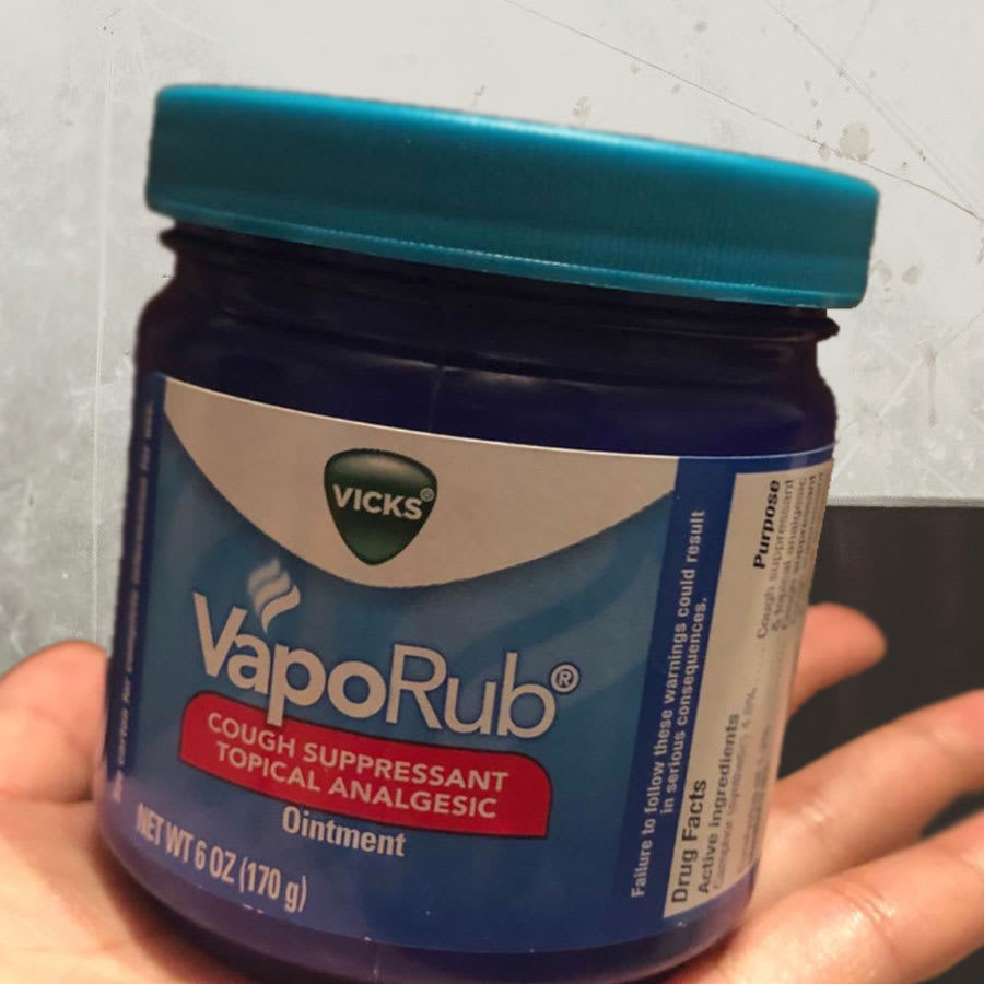 vicks vapor rub for pimples